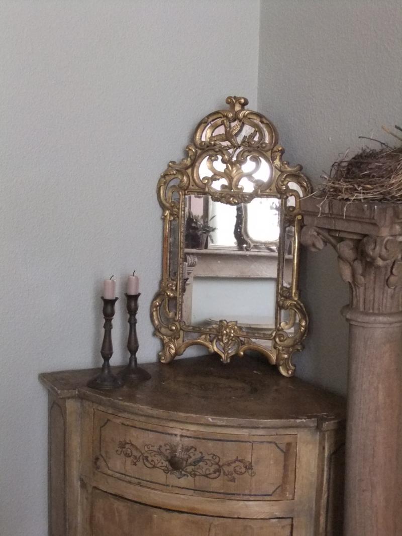 kleine franse spiegel caatje brocante. Black Bedroom Furniture Sets. Home Design Ideas